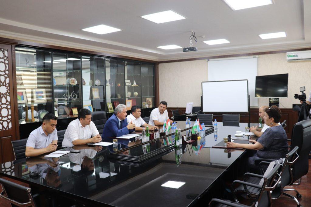 Представители делегации министерства инноваций Республики Таджикистан и таджикского технологического университета посетили НамИТИ.